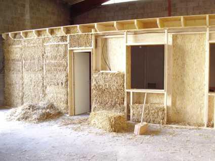 caract ristiques de la botte de paille pour la construction bio teknik construction. Black Bedroom Furniture Sets. Home Design Ideas